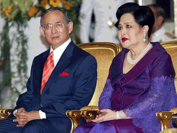 THAI-ROYAL-FAMILY